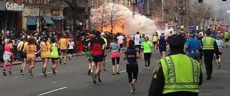 boston-explosion-m_2537196b