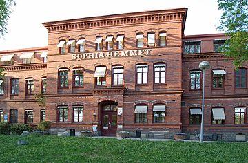 360px-Sophiahemmet_Stockholm_front_20060509