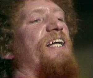 luke-kelly-monto_jpg_w300h254