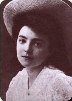 Nelly_Sachs_1910