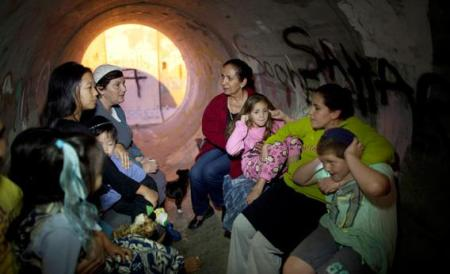 121120_EXP_IsraelPipeShelter_jpg_CROP_rectangle3-large